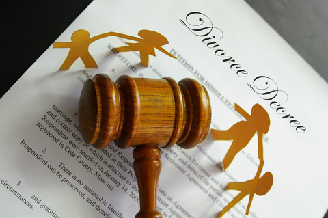 This page provides Hawthorne Nevada child custody information. During a divorce, the most contested issue is often child custody and visitation.